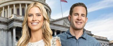 HGTV Flip or Flop costars stand in front of the American Capital Building